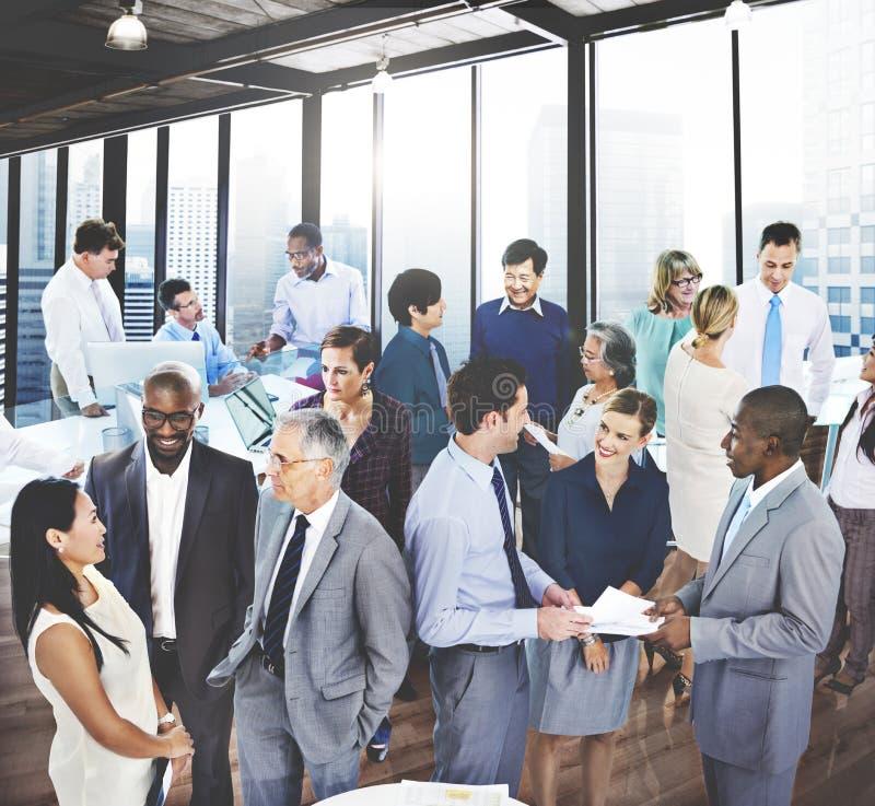 De Mededeling die van het bedrijfsmensengesprek Team Concept spreken stock fotografie