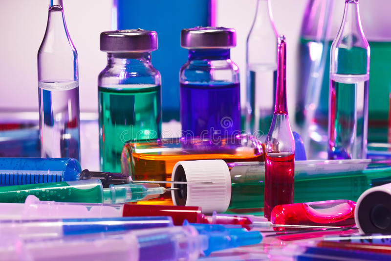 De medische apparatuur van het laboratoriumglas stock afbeeldingen