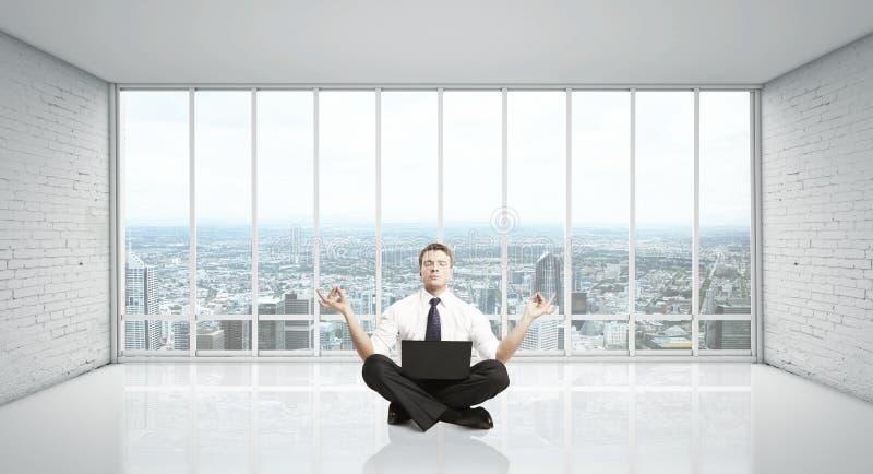De Meditatie Van De Mens Stock Foto