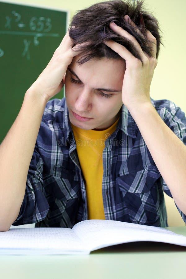 De meditatie van Studentv op het examen royalty-vrije stock afbeeldingen