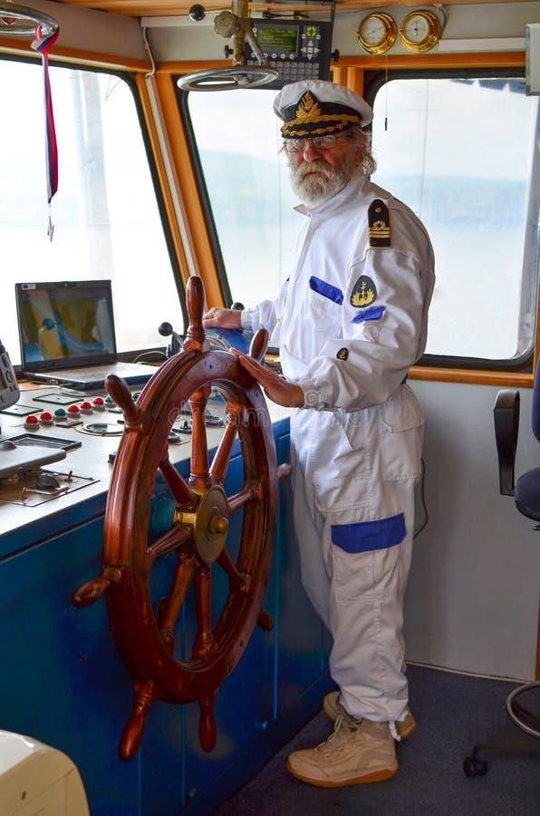De meester van het schip stock foto