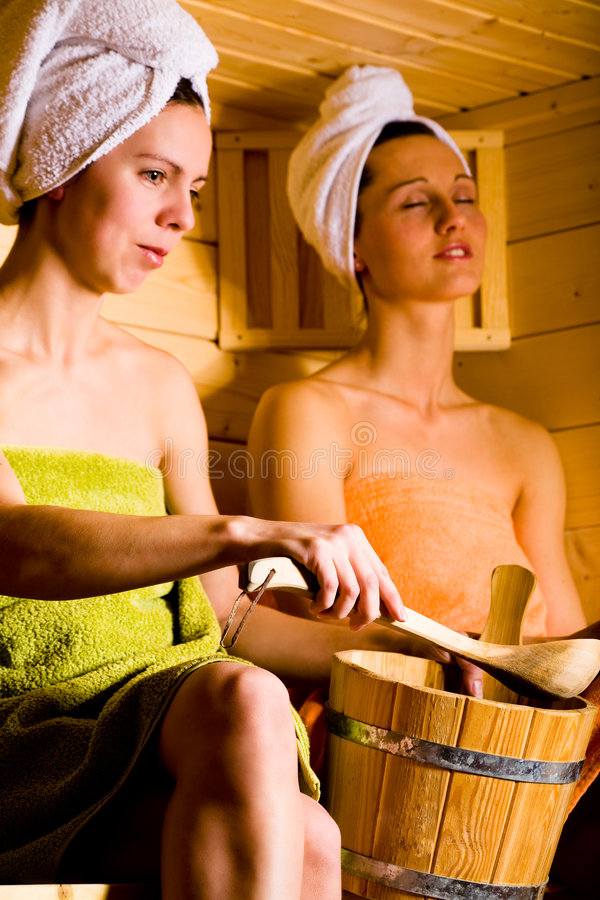 De meisjes van de sauna royalty-vrije stock foto's
