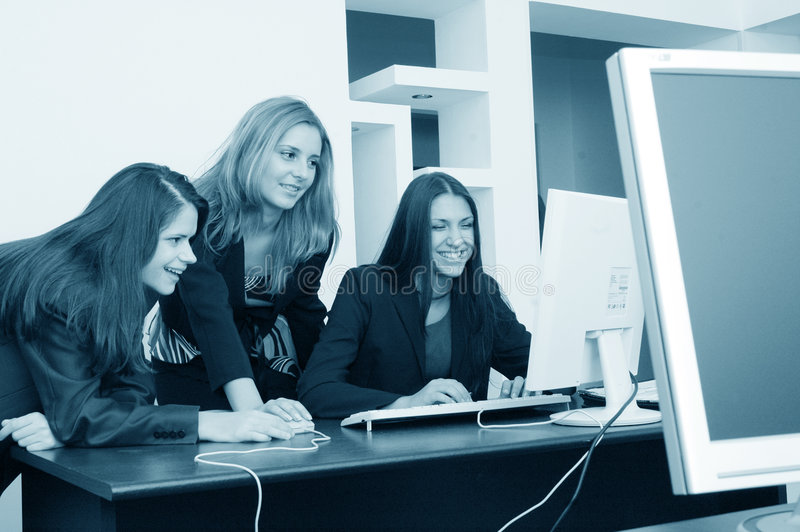 Download De meisjes van het bureau stock afbeelding. Afbeelding bestaande uit businesswoman - 294279