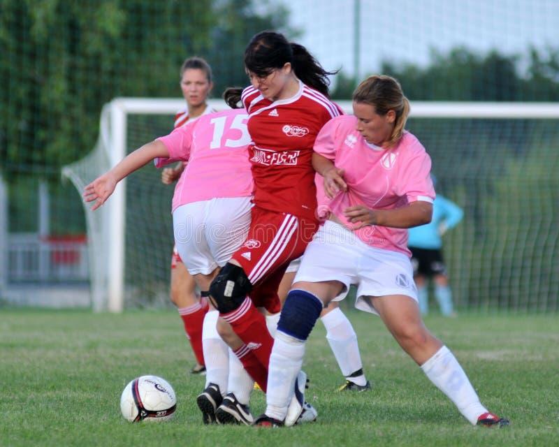 De meisjes van het voetbal stock fotografie