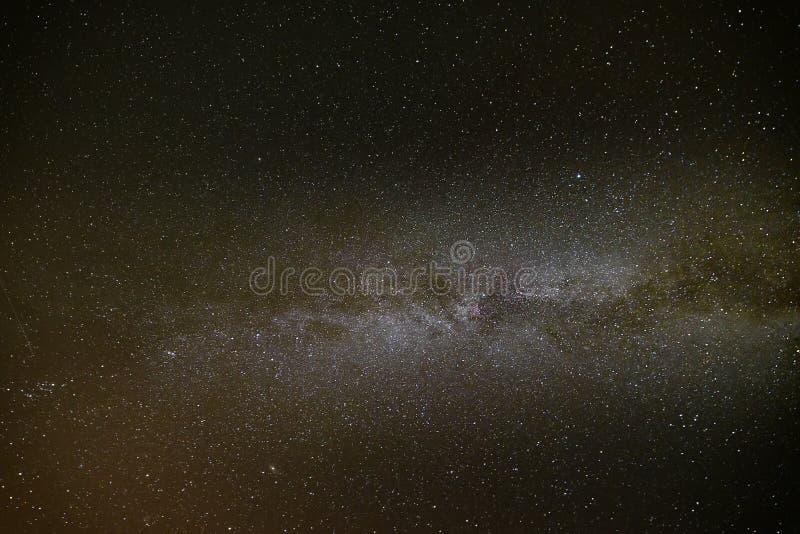 De melkachtige manier op nachthemel, vat natuurlijke achtergrond samen royalty-vrije stock foto