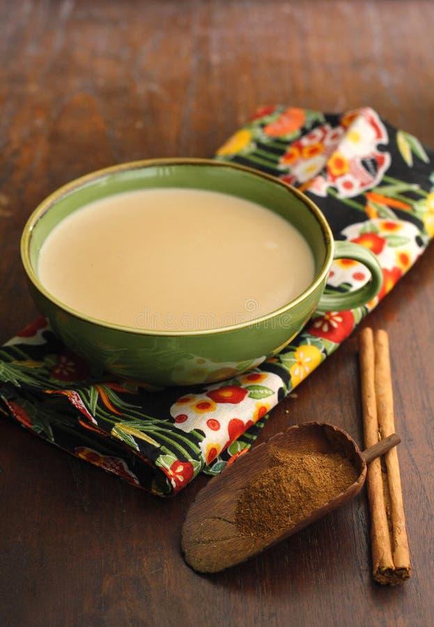 De melkthee van Chai stock afbeelding