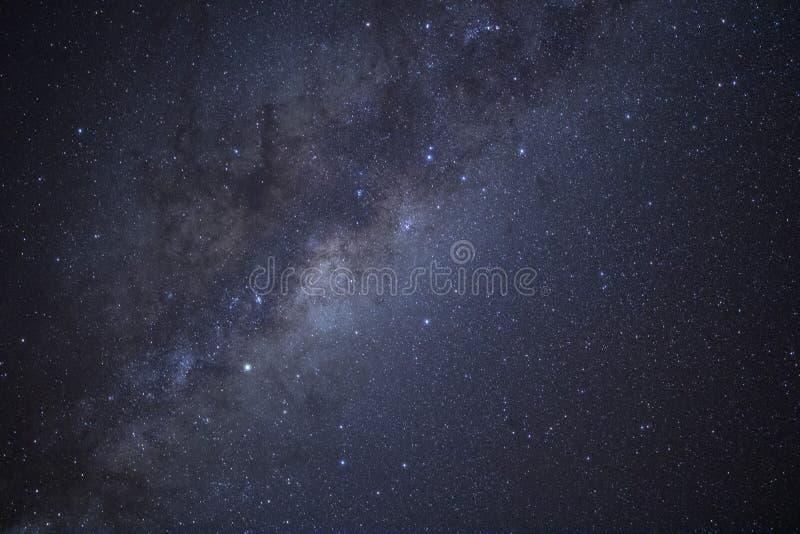 De Melkweg glanst over Nieuw Zeeland stock afbeeldingen