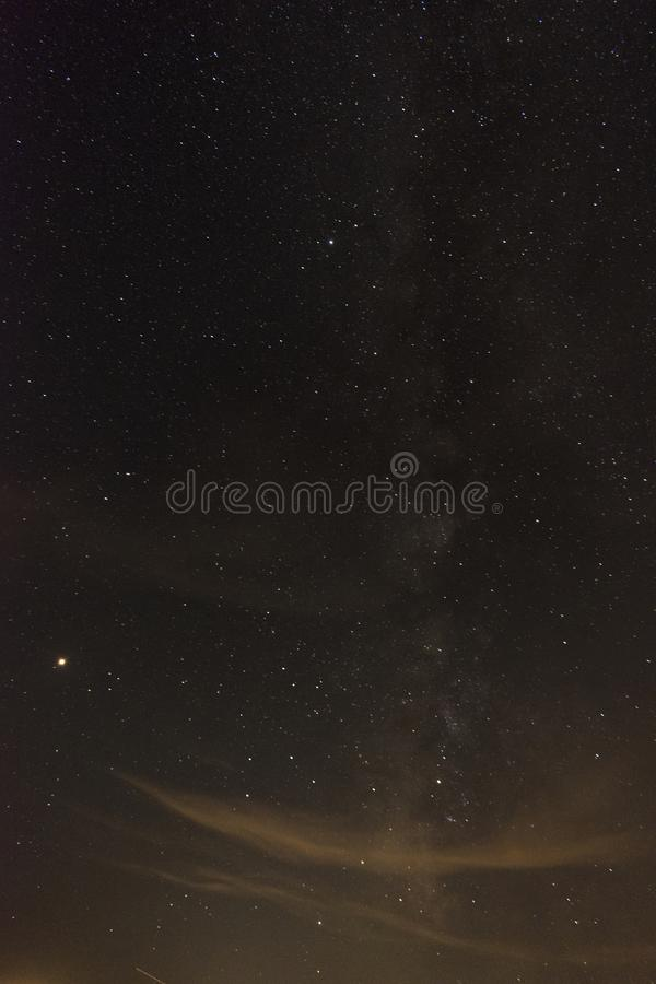 De Melkwegmelkweg één de zomernacht royalty-vrije stock afbeeldingen