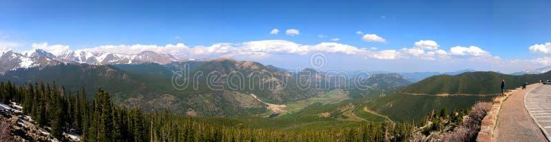 De mening bij rotsachtige berg stock afbeelding