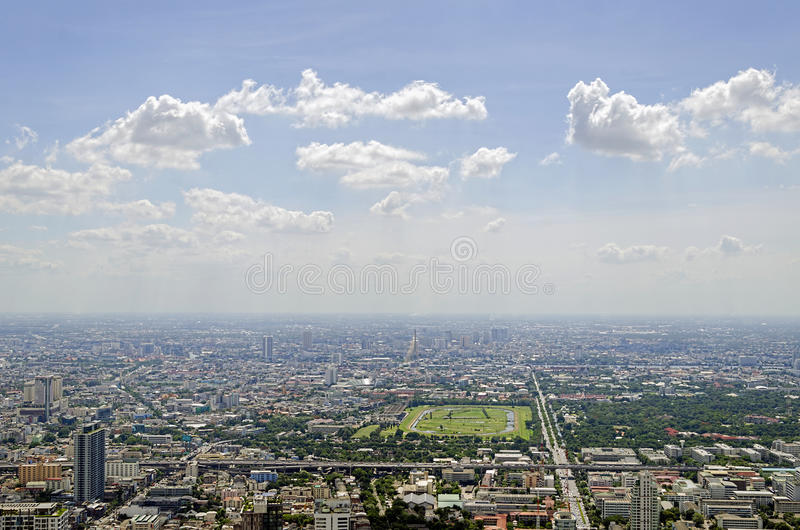 De mening van Bangkok van Baiyoke-Toren II stock foto's