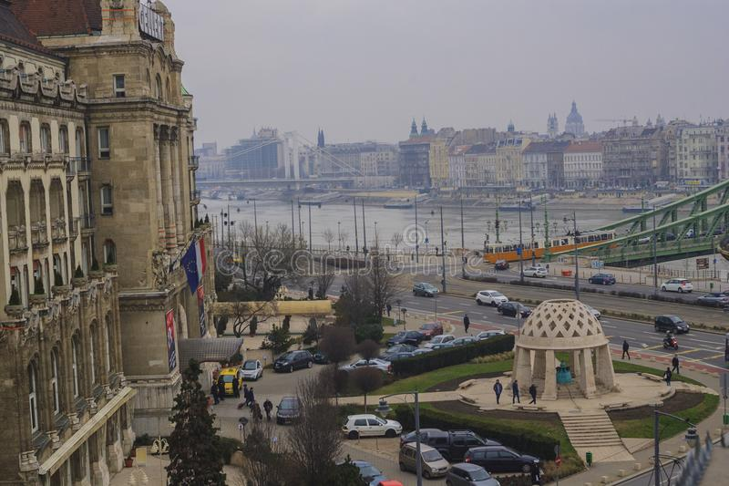 De mening van Boedapest van het venster royalty-vrije stock afbeeldingen