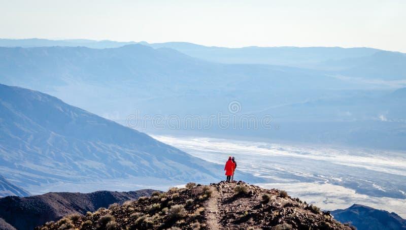 De mening van Dante in het Nationale Park van de Doodsvallei stock foto