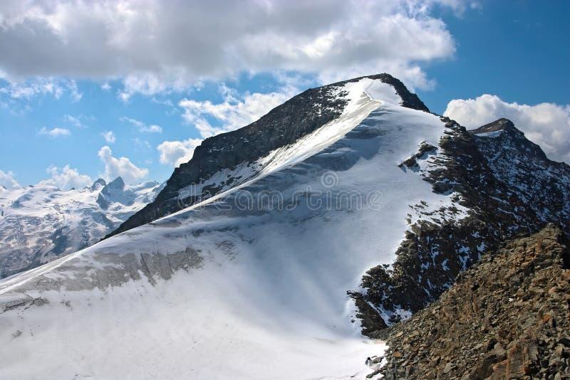 De mening van de berg van Piz Corvatsch royalty-vrije stock foto's