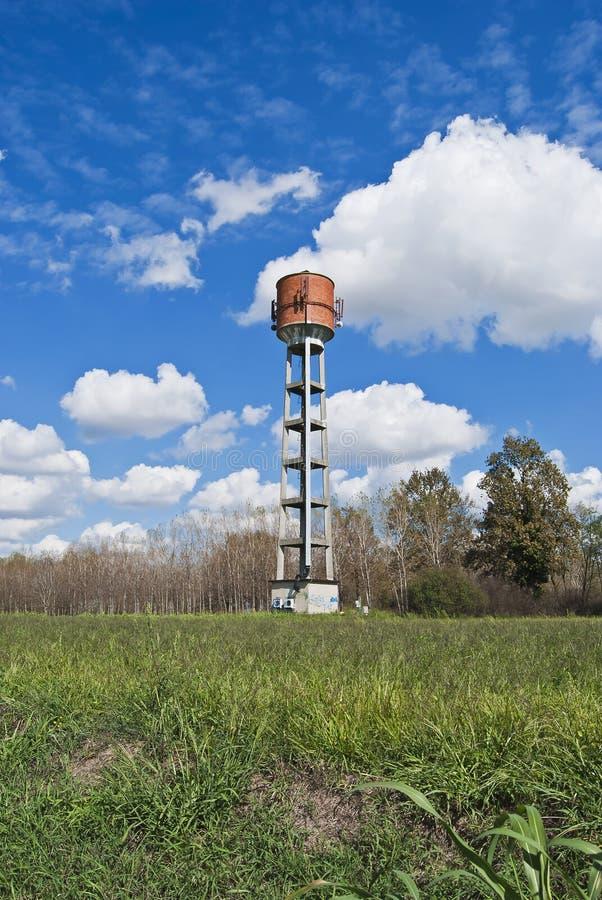 De mening van de het watertoren van het land stock foto's