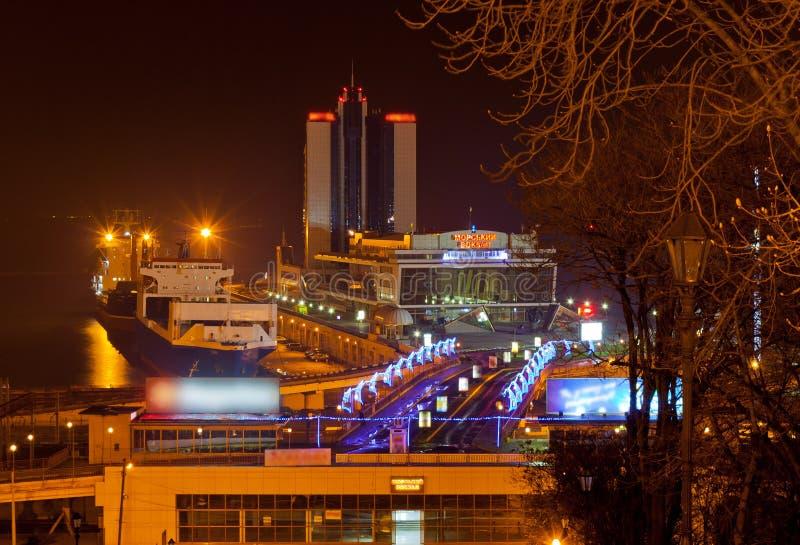 De mening van de nacht van de zeehaven van Odessa royalty-vrije stock afbeeldingen