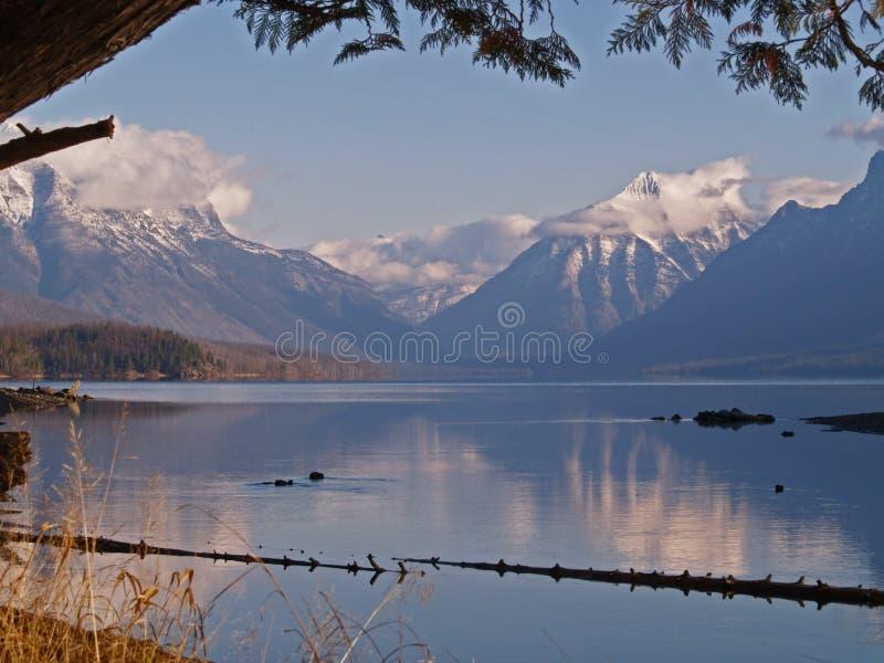 De Mening van de ochtend aan de Bergen #2 royalty-vrije stock fotografie