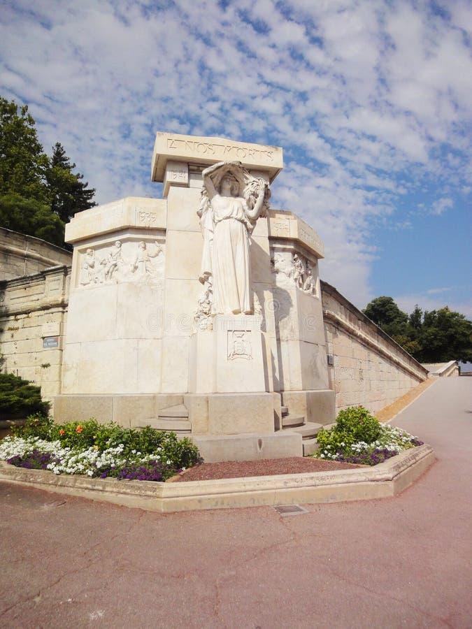 De mening van de Rocherdes doms tuin, Avignon stock foto