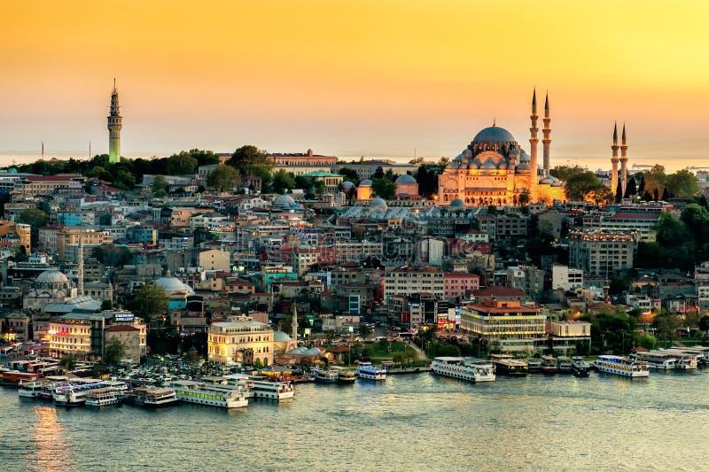 De mening van de Suleymaniyemoskee royalty-vrije stock afbeelding