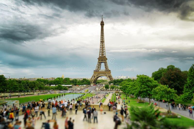 De mening van de Toren van Eiffel, Parijs, Frankrijk royalty-vrije stock foto's