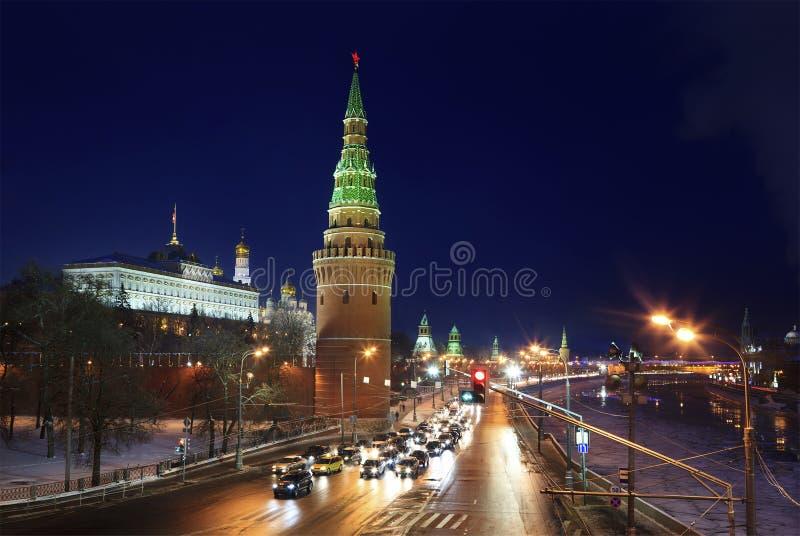 De mening van de winter van toren Vodovzvodnaya van Moskou Kreml stock fotografie