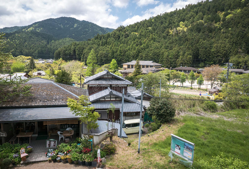 De mening van het dorpslandschap van de heuvels van Ohara royalty-vrije stock afbeelding