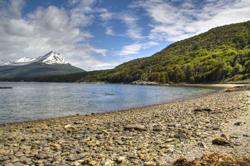 De mening van het meer in Tierra del Fuego, Argentinië royalty-vrije stock afbeelding