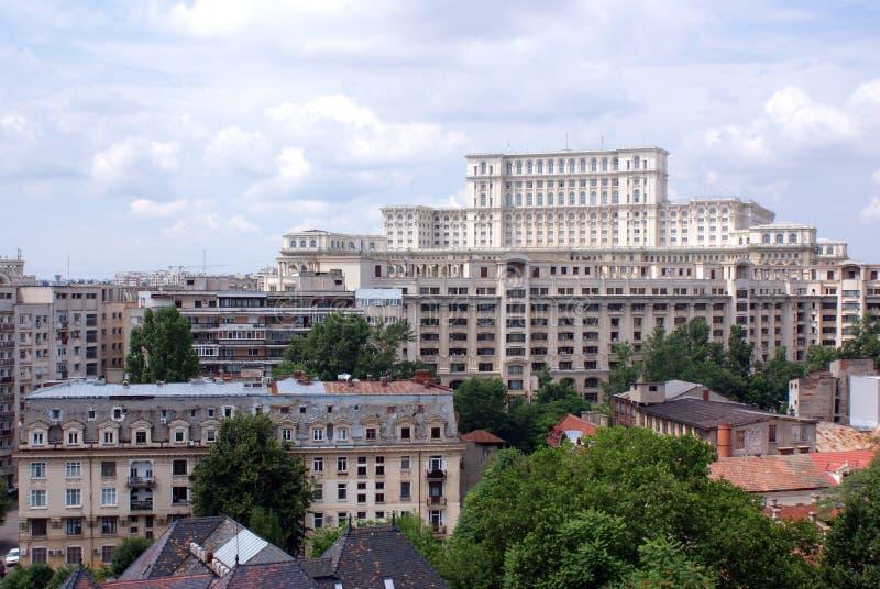 De mening van het panorama met ceausescupaleis stock fotografie