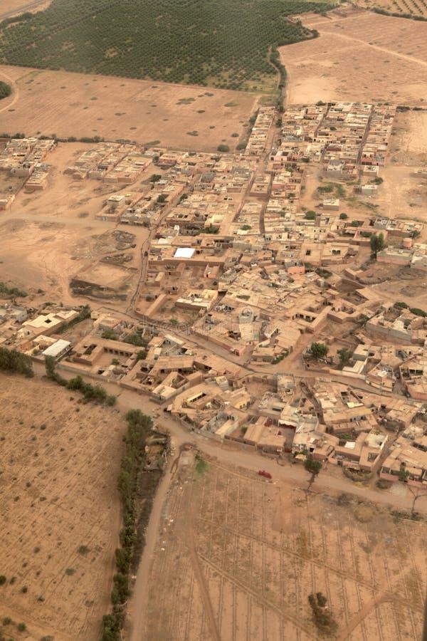 De mening van het vogel` s oog van een dorp van Marokko stock foto