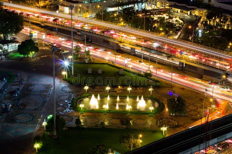 De Mening van het vogel` s Oog van de fonteinen voor Koning Rama VI Monument, Lumpini-Park, Rama V Weg , Lumphini, Pathumwan, Ban royalty-vrije stock fotografie