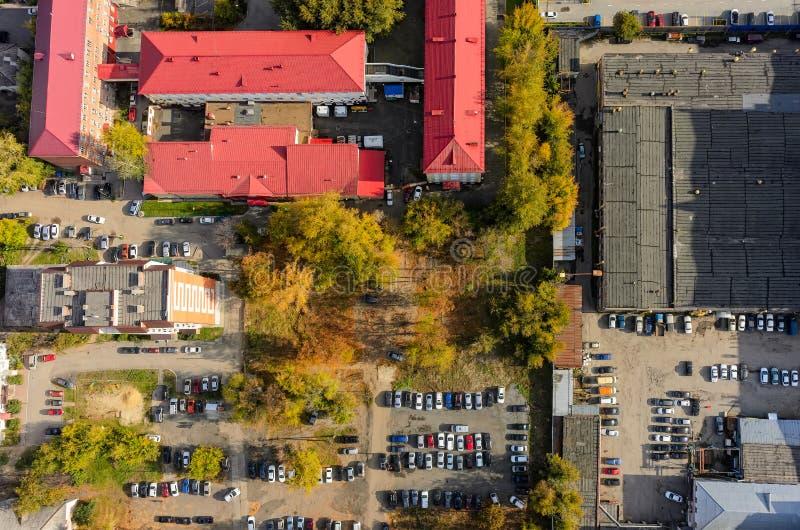 De mening van het vogeloog van stadsvoorsteden Tyumen Rusland stock foto's