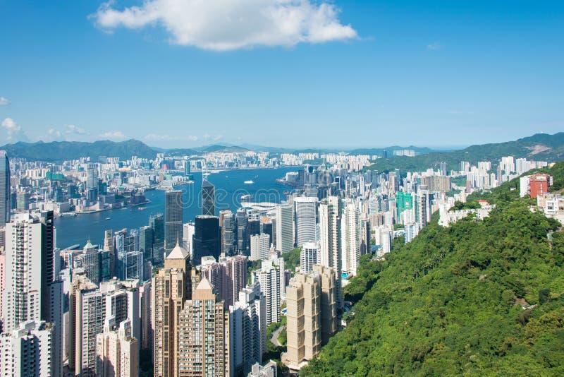 De mening van Hongkong tijdens zonnige dag stock foto's