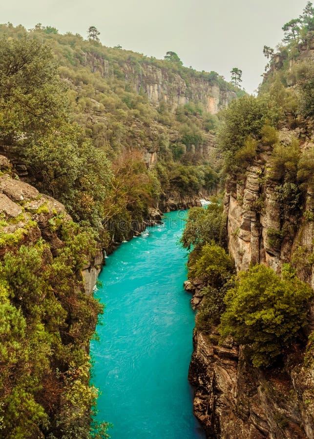 De mening van de Koprucayrivier van Manavgat, Antalya, Turkije KOPRULU CANION royalty-vrije stock foto's