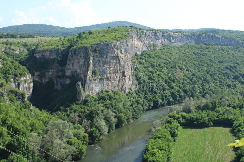 De mening van Nice van een rivier stock afbeeldingen