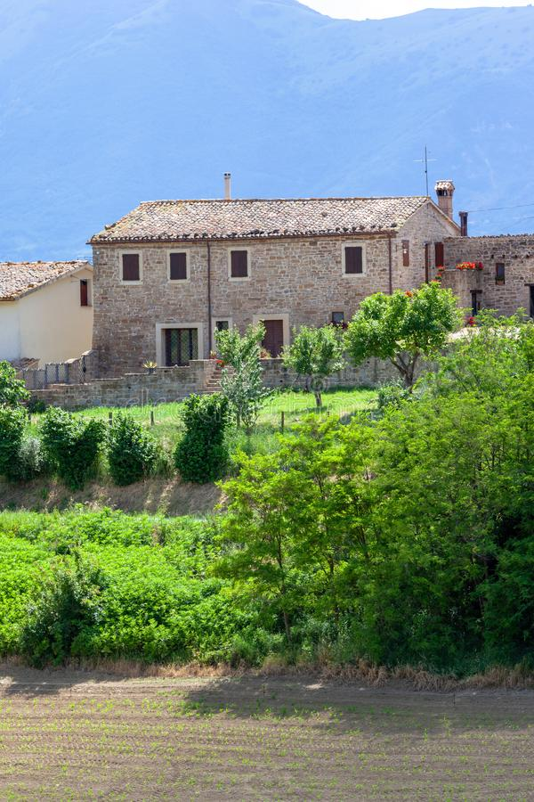 De mening van Nice in Italië Marche dichtbij Camerino royalty-vrije stock foto's