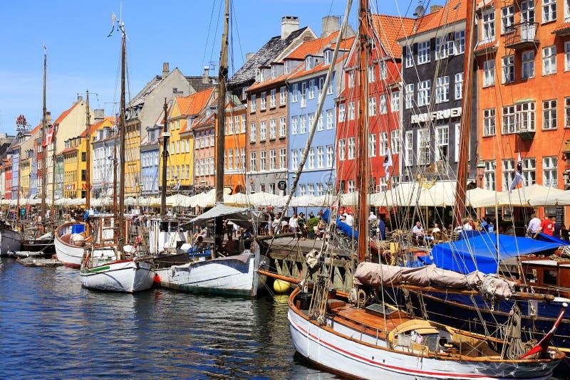 De mening van de Nyhavnhaven stock afbeelding