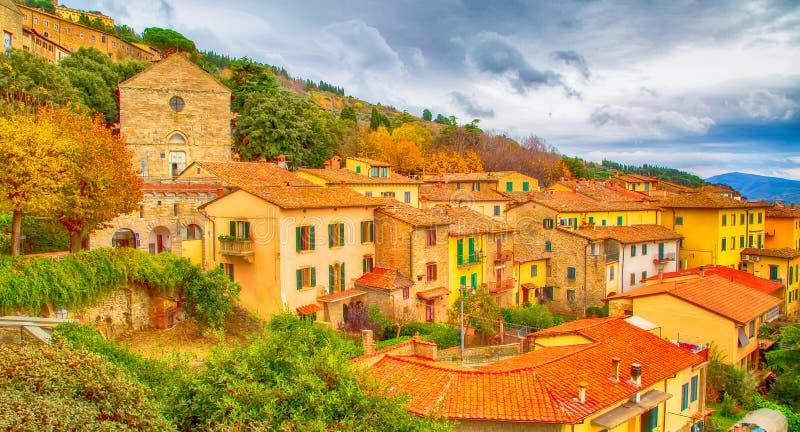 De mening van de stad van Toscanië van Cortona, Italië royalty-vrije stock afbeelding