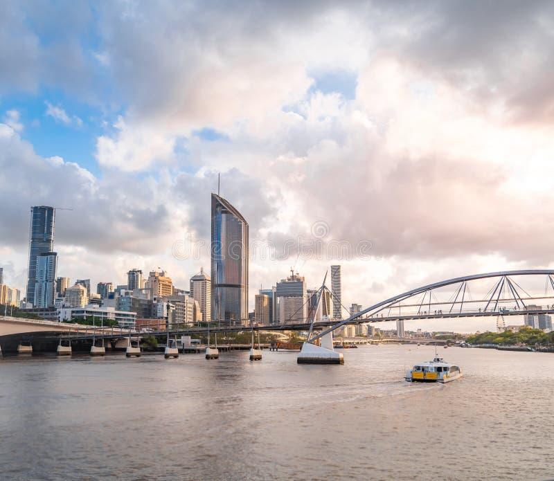 De mening van de de stadshorizon van Brisbane van Southbank royalty-vrije stock afbeeldingen