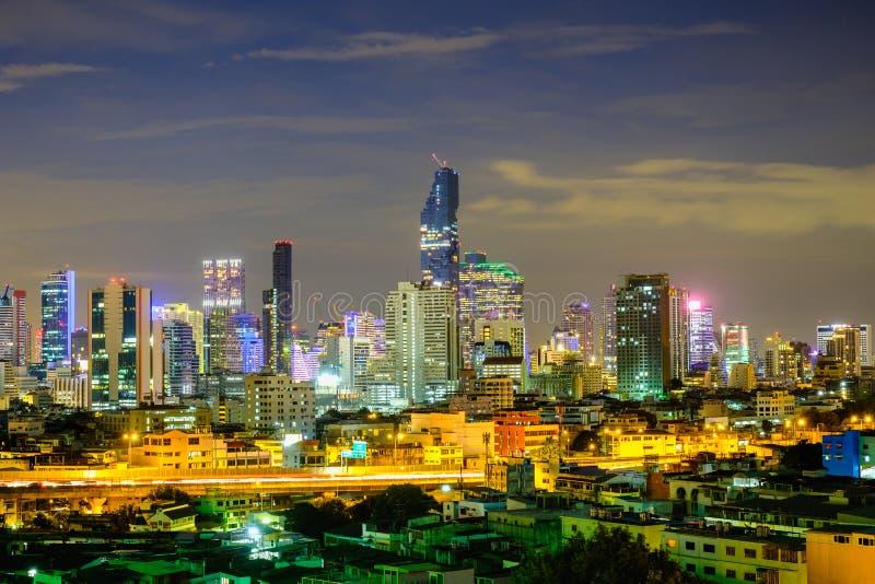 De mening van de de stadsnacht van Bangkok royalty-vrije stock afbeeldingen