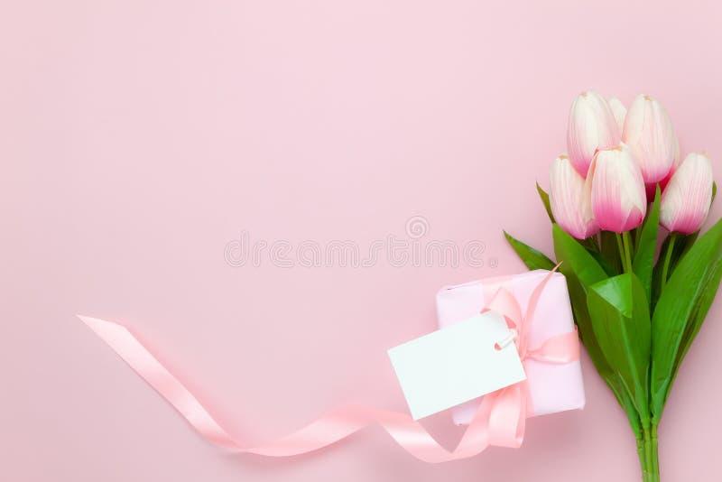 De meningsantenne van de lijstbovenkant van achtergrond van de de dagvakantie van decoratie de Gelukkige moeders stock afbeelding