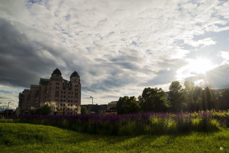 De Meningsinstallaties en Hemel van Oslo stock afbeelding