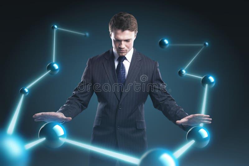 De mens controleert de aardemodellen. royalty-vrije stock fotografie