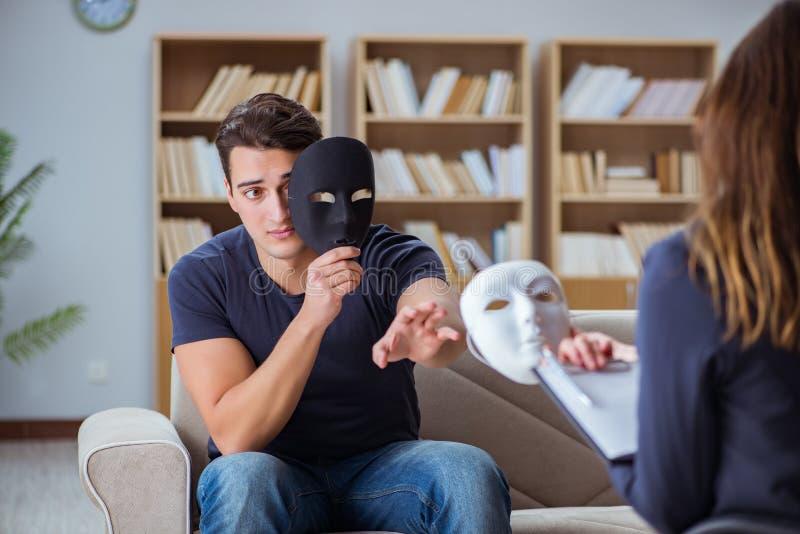 De mens het aanwezig zijn zitting van de psychologietherapie met arts stock afbeelding