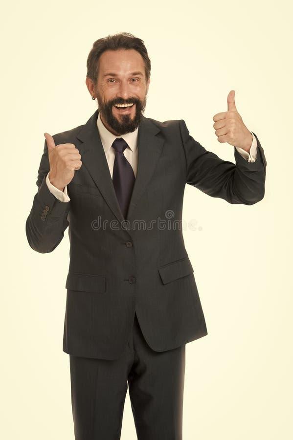 De mens toont duimen tot succes in zaken Gelukkige mens in bedrijfsslijtage Alles is in orde Duimen omhoog voor Succes royalty-vrije stock afbeeldingen