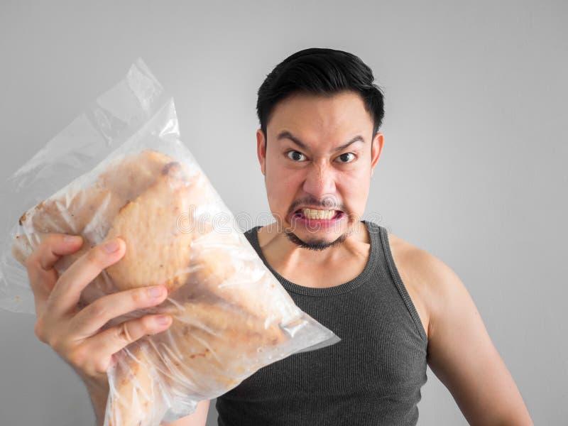 De mens toont het dieet van de kippenborst voor het gezonde leven royalty-vrije stock afbeelding