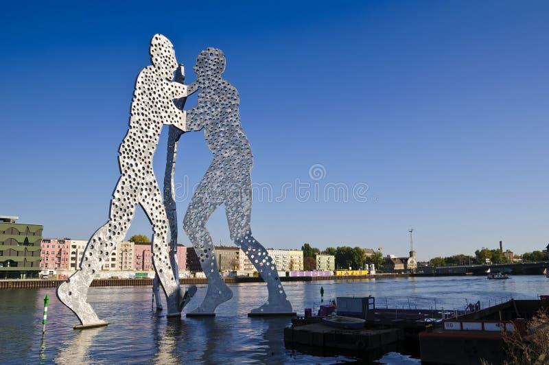 De mens van de molecule in Berlijn stock afbeelding