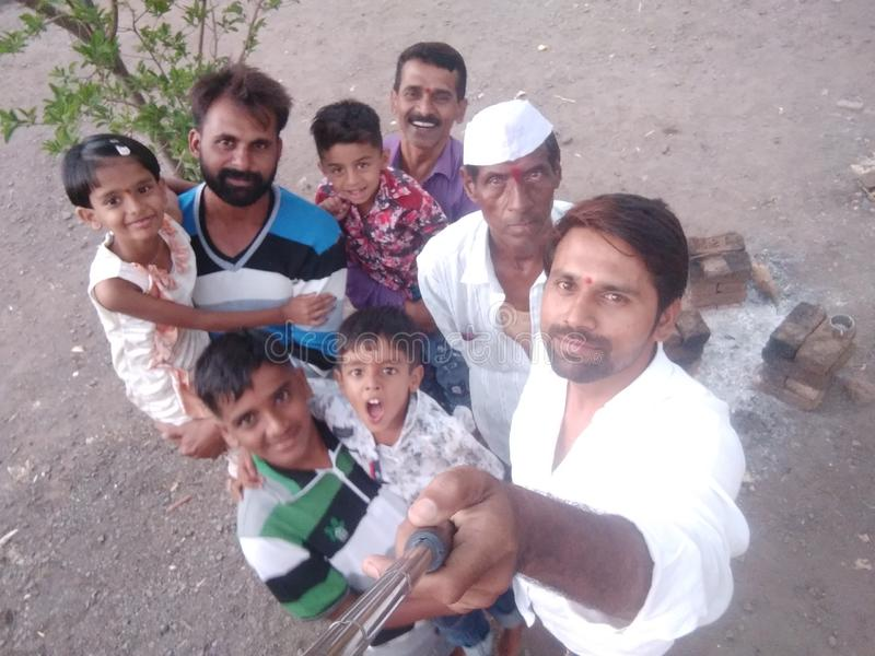 De mensen van de dorpsvakantie royalty-vrije stock afbeelding