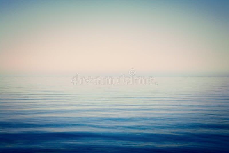 De mer et de ciel de fond calme très images libres de droits