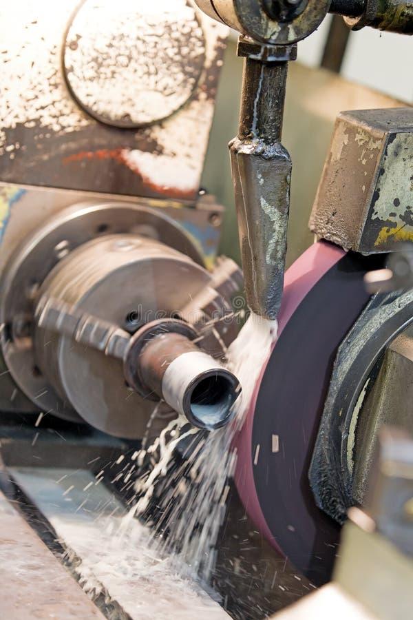 De metaalbewerkende industrie: metaal het malen royalty-vrije stock foto's
