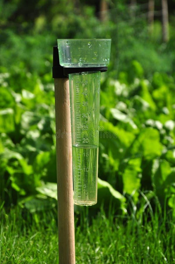 De meting van de regenval stock afbeeldingen