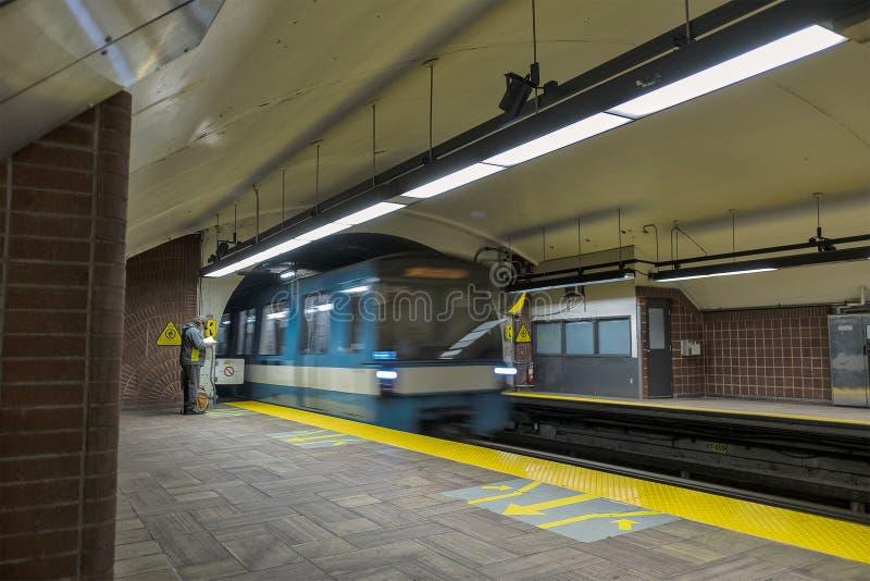 De Metro Henri Bourassa Station van Montreal stock foto